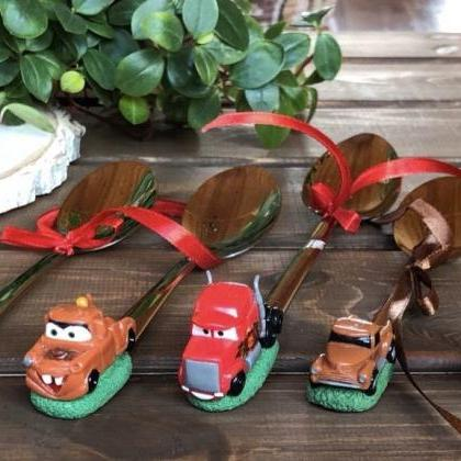 Cartoon car, makvin, poppy, decorat..